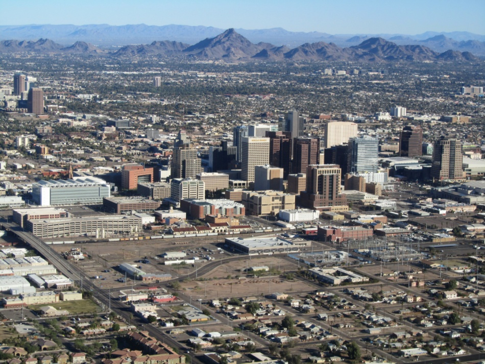 3 Reasons You Should be Shopping Central Phoenix Corridor Real Estate